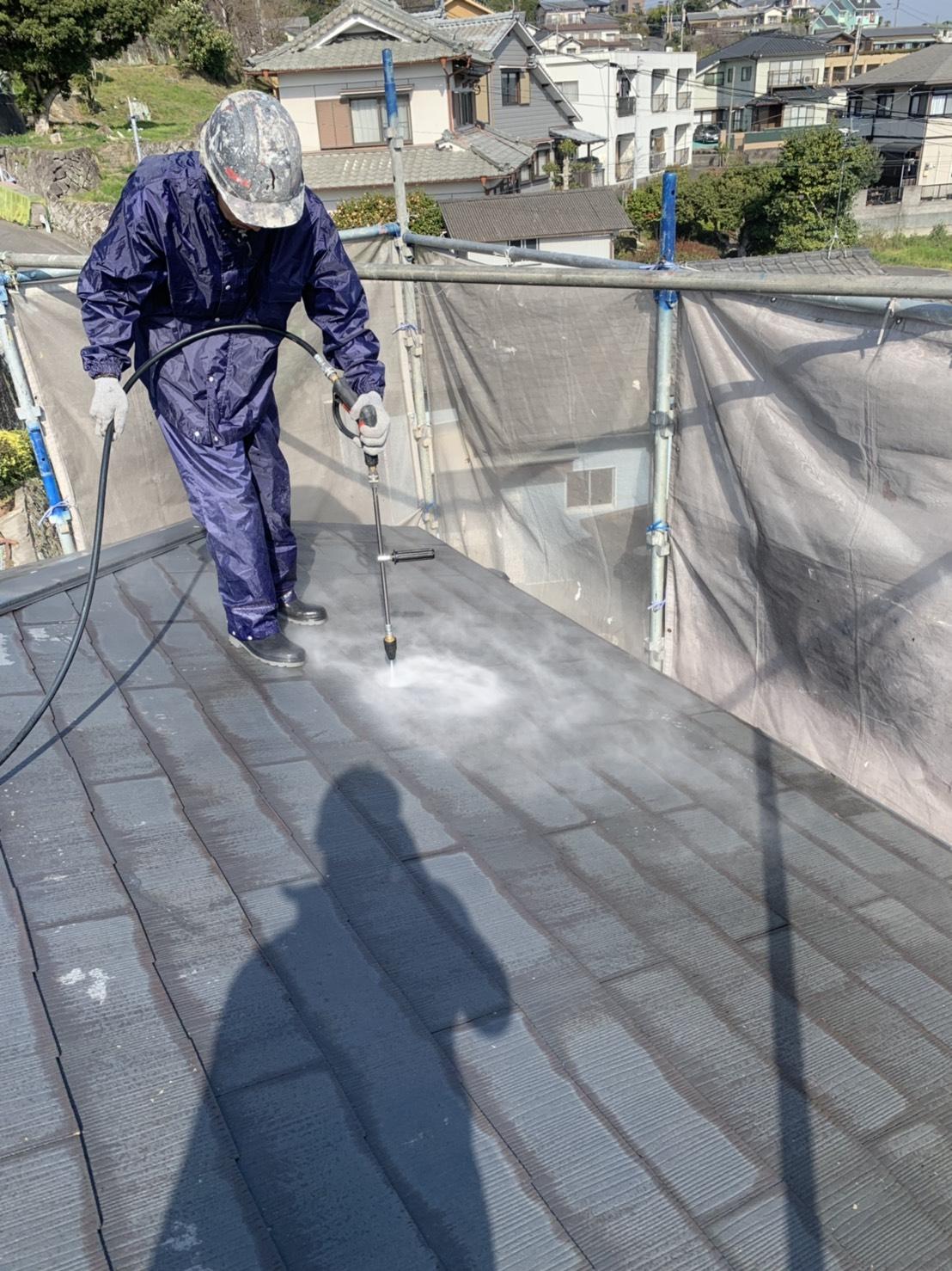 大分市上白木M様邸 屋根外壁高圧洗浄